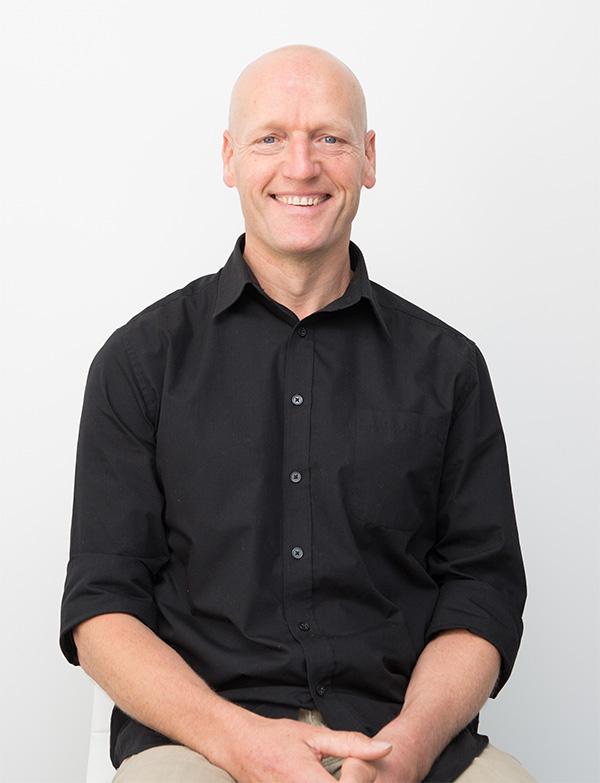 Dr Alan Fayter